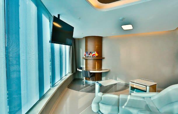 The treatment room for hair transplantation during corona