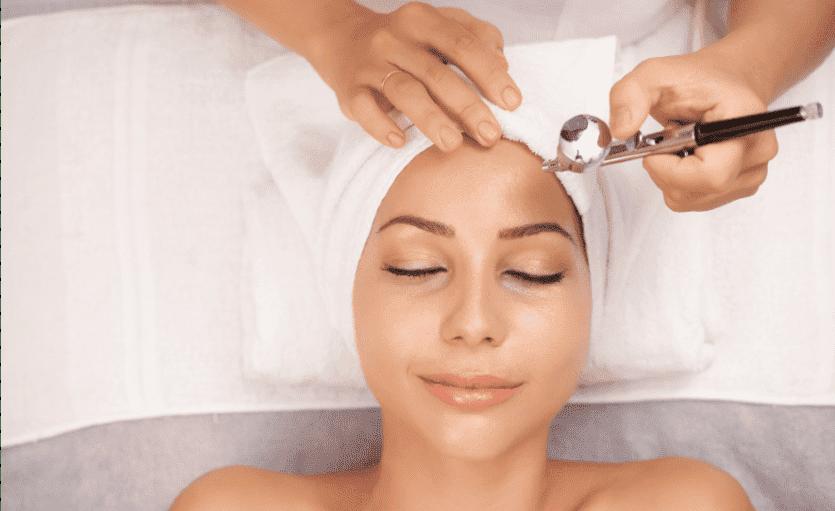 Paciente en tratamiento de oxigenoterapia para el pelo