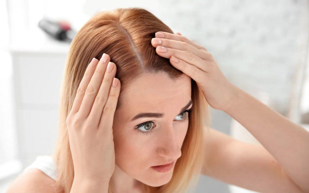 Kann man mit einer Haartransplantation die Haarlinie korrigieren?