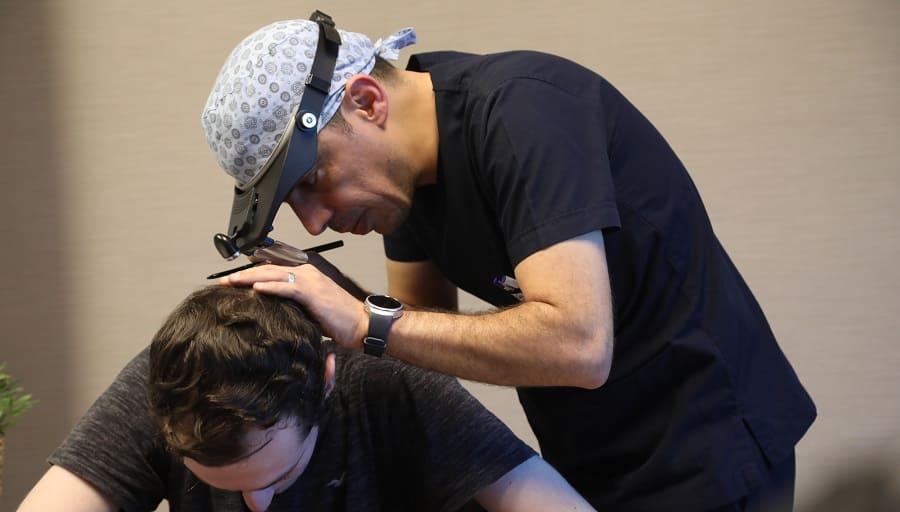 Haare Klonen – Wie sieht eine Haartransplantation in 20 Jahren aus?