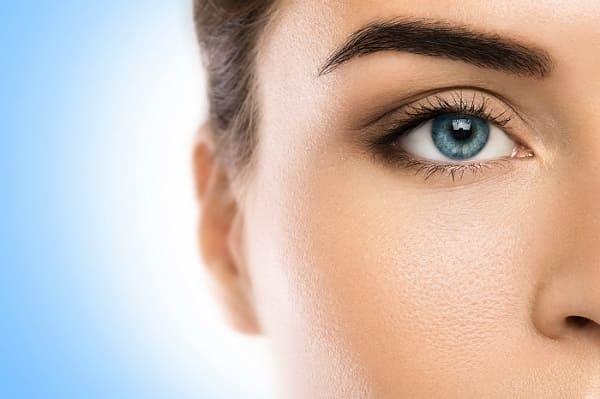 Warum eine Bio Augenbrauentransplantation