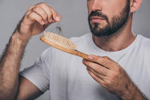 Haarausfall nach der OP ist keine gescheiterte Haarverpflanzung