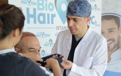 Nach der Haartransplantation das Stirnband richtig tragen