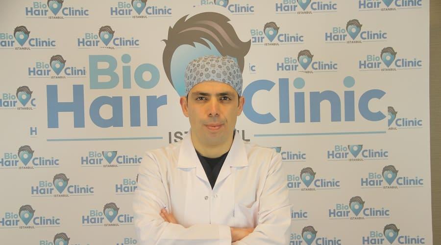 Ein Kopftuch nach der Haartransplantation? Gute Idee