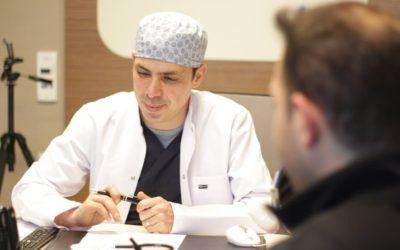 Haartransplantation mit Laser: So funktioniert es