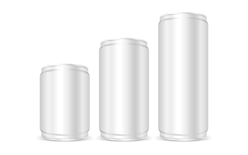 Drei Getraenkedosen in einer Reihe