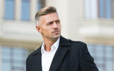Der Haaransatz beim Mann
