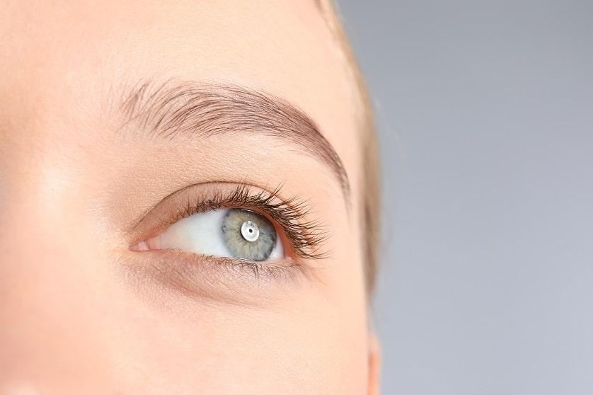 Madarosis – Wimpernausfall beeinflusst Schutzfunktion und Ausstrahlung