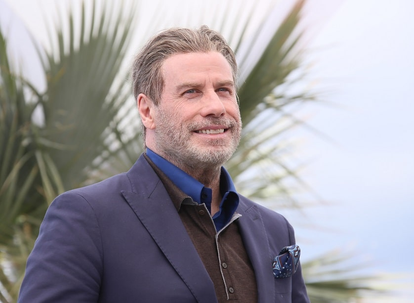 John Travolta lächelnd