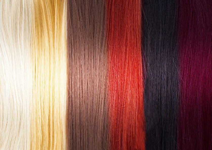 Palette an verschiedenen Haarfarben nebeneinander
