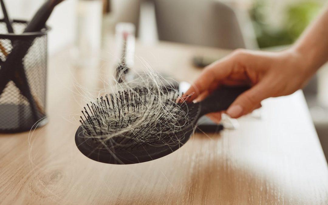 Wodurch entsteht Haarausfall in kurzer Zeit?