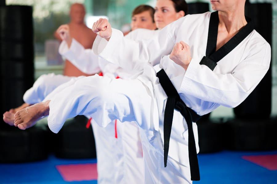 Frauen beim Kampfsport